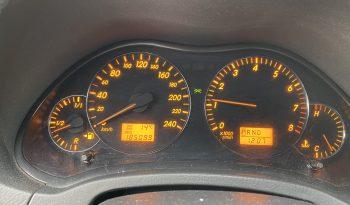 Toyota Avensis 2005 fullan skerm