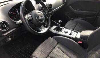 Audi A3 2014 fullan skerm