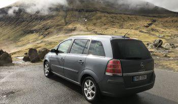 Opel Zafira 2008 fullan skerm