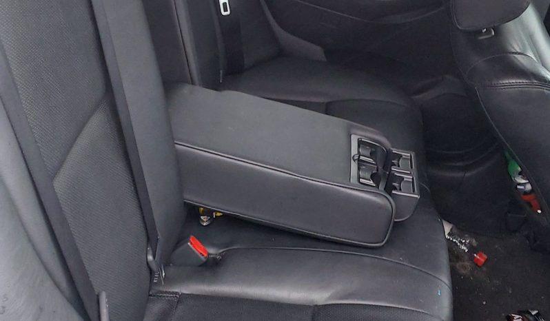Toyota Avensis 2008 fullan skerm
