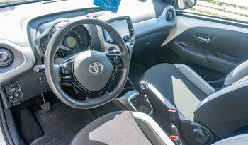 Toyota Aygo 2016 fullan skerm