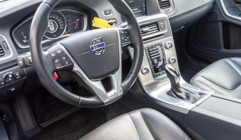 Volvo S60 2017 fullan skerm