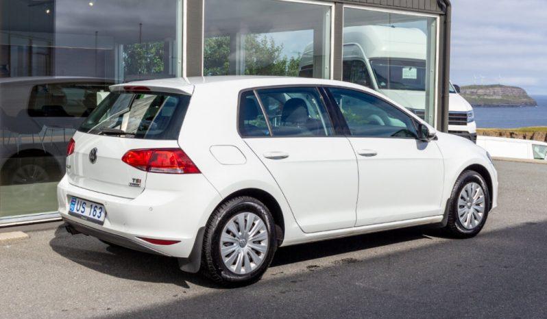 Volkswagen Golf 2016 fullan skerm