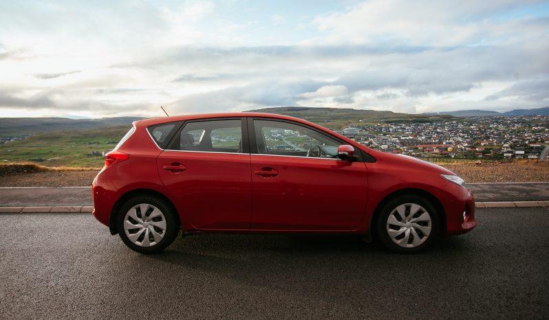 Toyota Auris 2013 fullan skerm